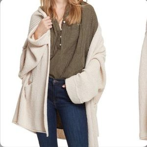 Free People Large knit oversized sweater